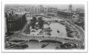 図1 上海市内を東西に流れる蘇州河両岸。右手(北側)は日本人街だった