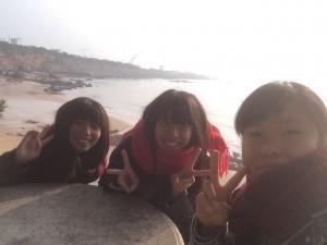リゾート地、石島にて、仲良し三人娘