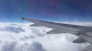 まず東方航空にて関空から青島へ。