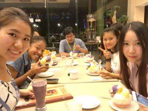 食後のデザートはフィリピン名物のハロハロ!