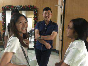 フィリピンの方はいつも笑顔で優しいです